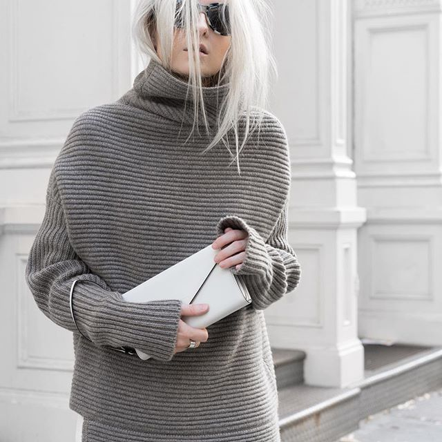 Taupe + Winter White... ◽️◽️ Another preview of #soho story dropping soon ! #sneakpeek #figtny