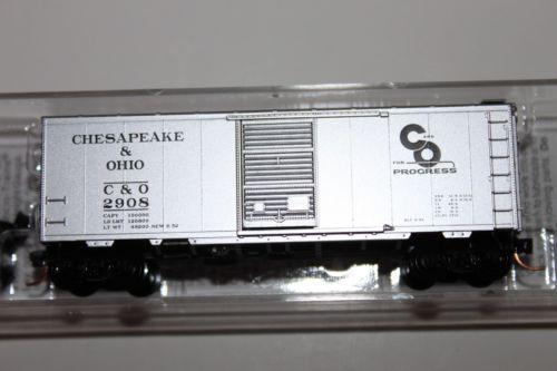 N SCALE MICRO TRAIN LINE 20820 CHESAPEAKE & OHIO 40' SINGLE DOOR BOXCAR #2908
