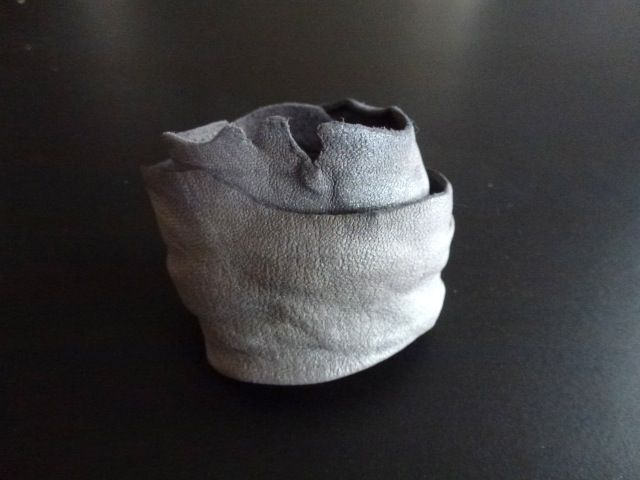 Bracelet/cuff(shimmering beige nappa leather) Made by UNNI HOFF