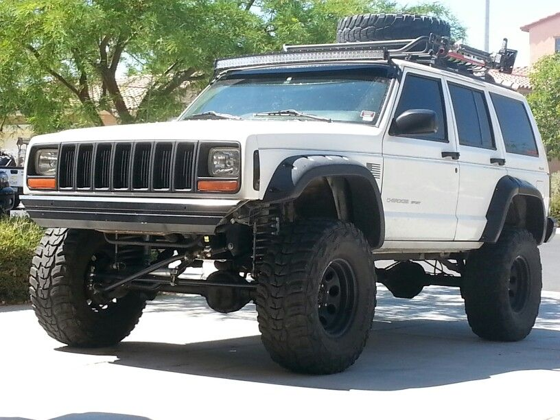White Jeep Cherokee Xj Xj Stuff Jeep Jeep Cherokee Jeep Xj