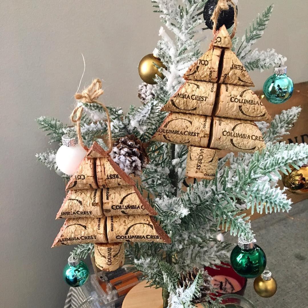 wine cork ornaments wine cork crafts cork ideas wine corks christmas crafts christmas ideas seo philadelphia holiday gifts