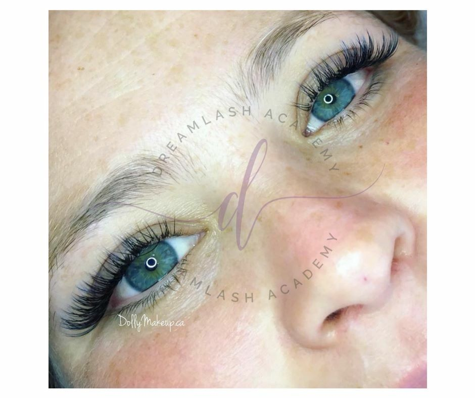 Another amazing lash set created by dreamlasn artist