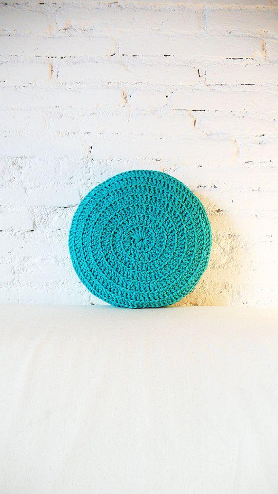 Round Pillow Crochet - turquoise | decor | Pinterest | Schöne sachen ...