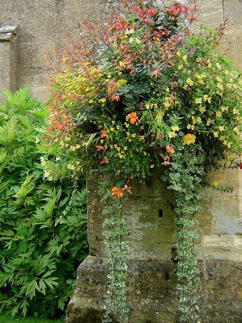 Interesting site with pretty gardens amyleigh01 | Garden Ideas for ...