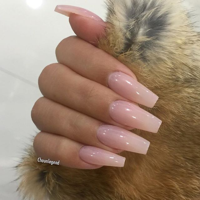Want To Learn How To Shape Like This Or Improve Your Shaping Techniques Take My 1 1 Private Training Class Dm Pink Acrylic Nails Gorgeous Nails Cute Nails