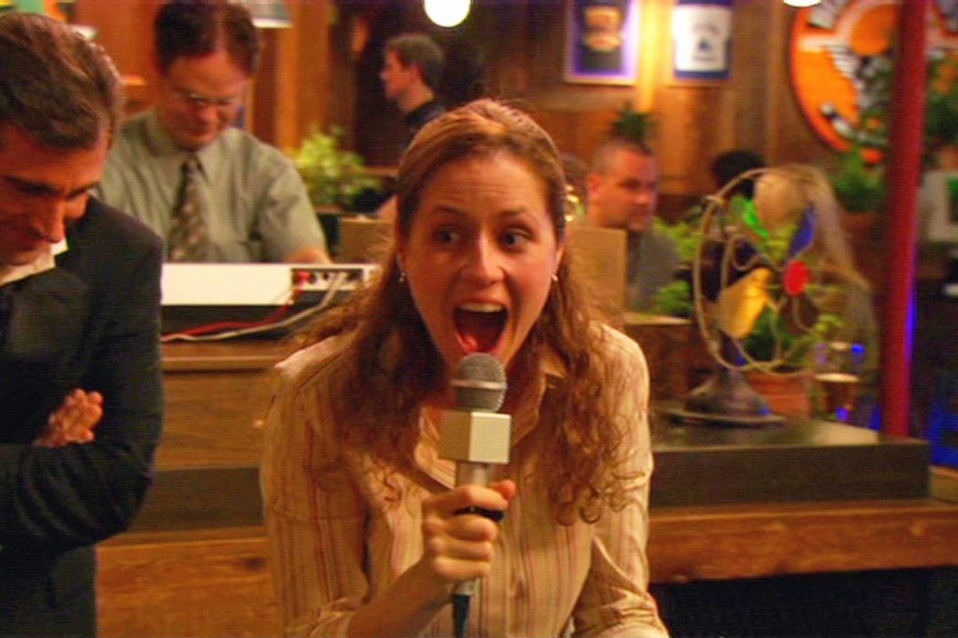 'Office' Alum Jenna Fischer Gets Pam's 11-Year Chili's Ban Lifted