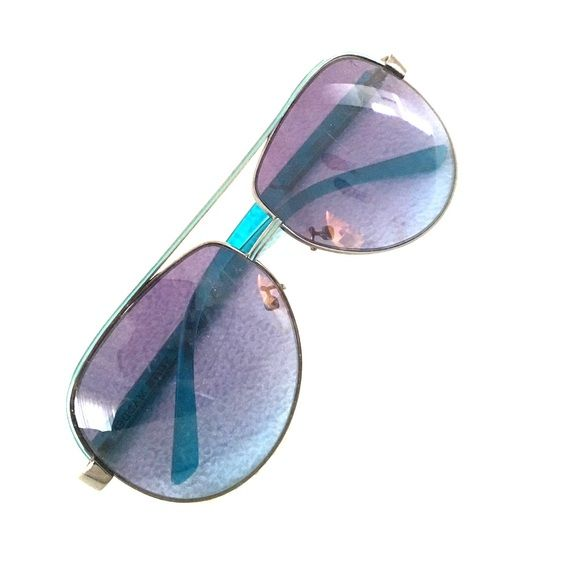 Steve Madden sunglasses Blue accented Steve Madden sunglasses Steve Madden Accessories Sunglasses