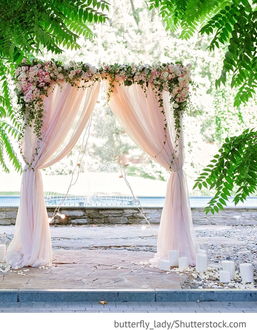 Wedding decorations hanging from trees  Wedding Arch Dekoration für freie Trauung für die Hochzeiten