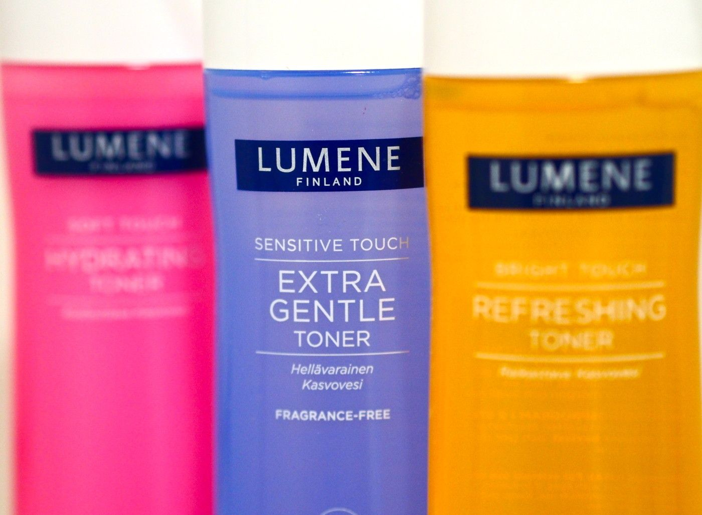 Blogger Hertta's skin care tip: add toner into a small spray bottle and spray on before adding moisturizer and serum. #skincare #lumene