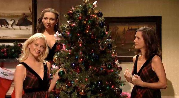 Saturday Night Live\u0027 airs Christmas special including \u0027Hanukkah Song