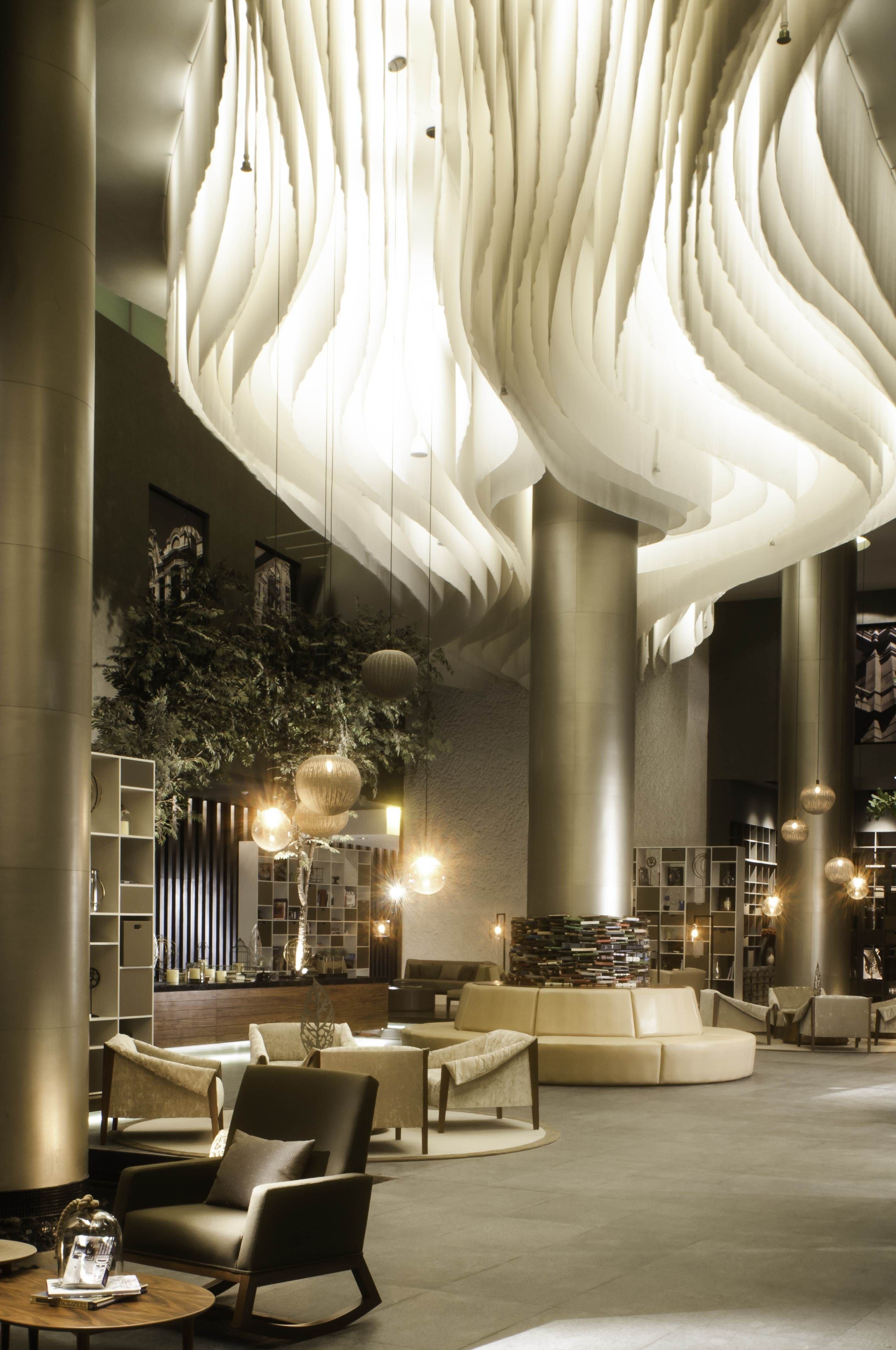Come get amazed by the best hotel reception and lobby for Hotel design come