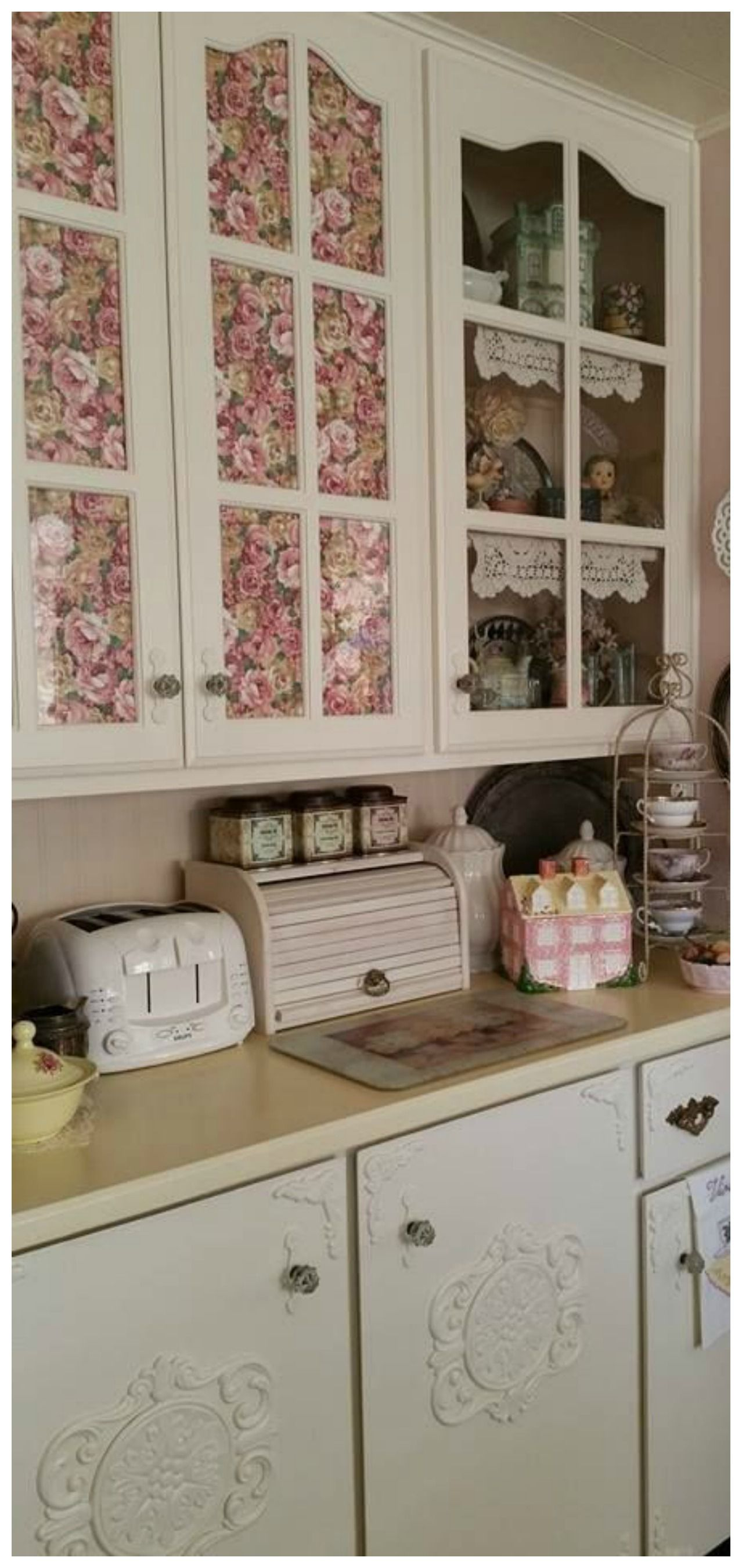 Chabby Chic Wallpaper Cabinets Shabby Chic Kitchen