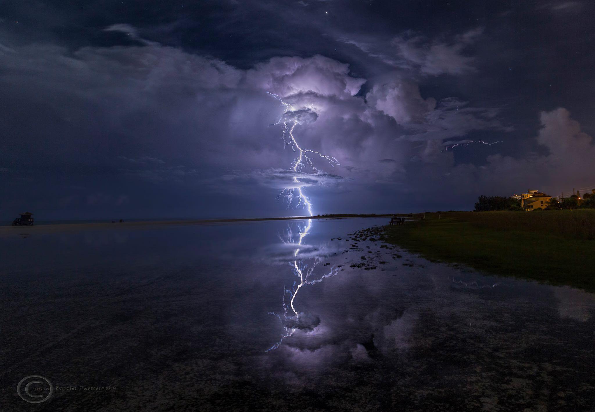Siesta Key Beach In Sarasota Florida Tuesday Night Justin Battles