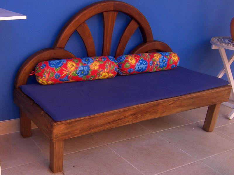 Sofa cama muebles reciclados pinterest bancos for Sofa cama de madera reciclada