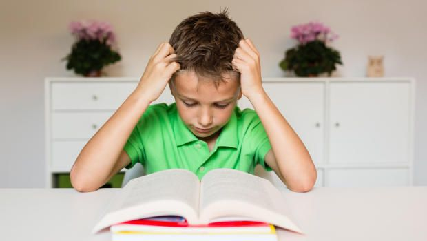 People with dyslexia have other brain differences too, study finds - CBS News