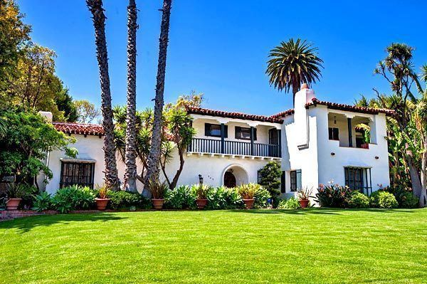 A Classic Spanish Style House In Beverly Hills Houses I Love