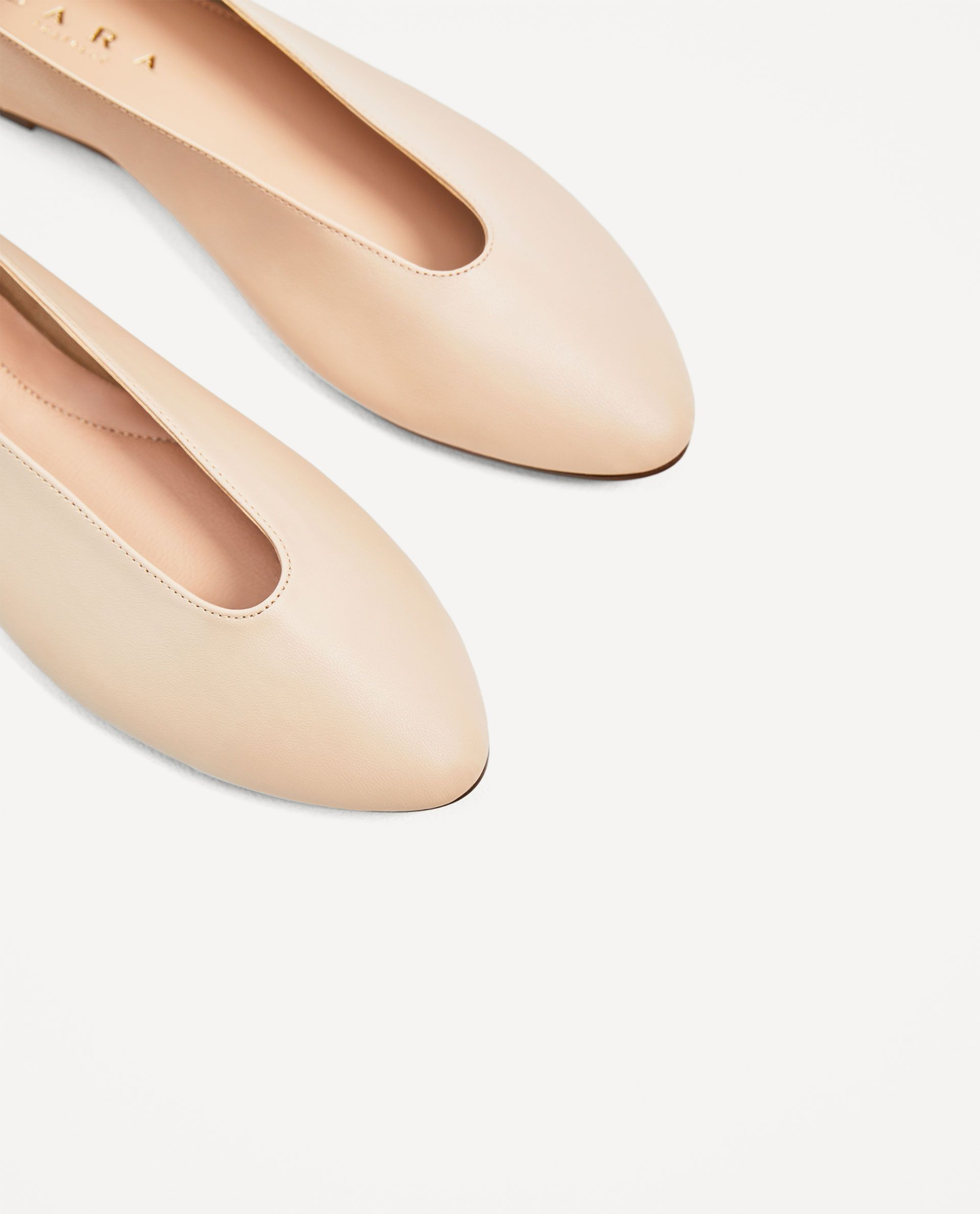 f7e123052f6a4 Image 4 of V-CUT LEATHER BALLERINAS from Zara | Shoes | Ballerina ...