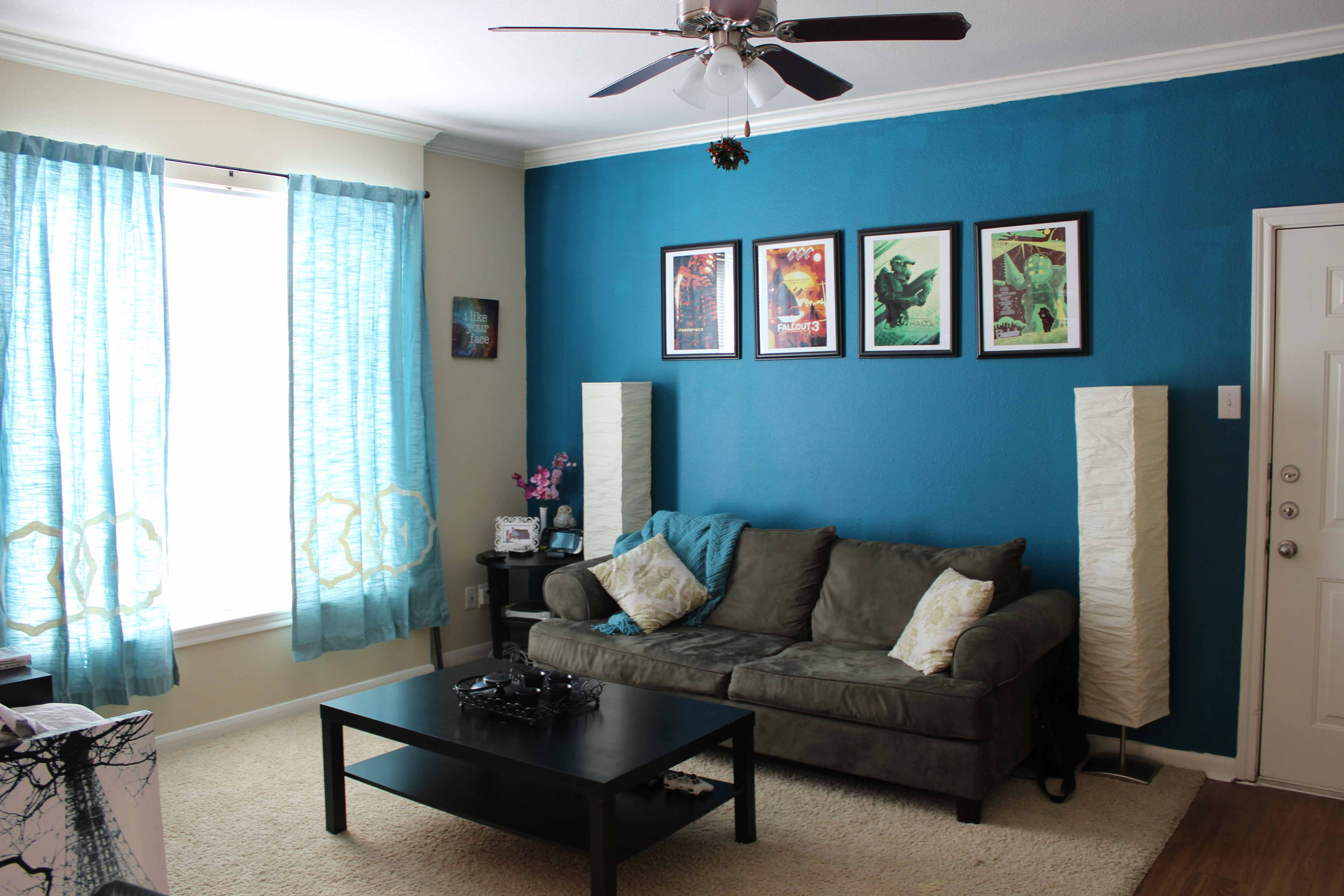 Light blue bedroom curtains - This Guest Room Wall Color Dark Green And Light Green Curtains And Sofa And Carpet Color