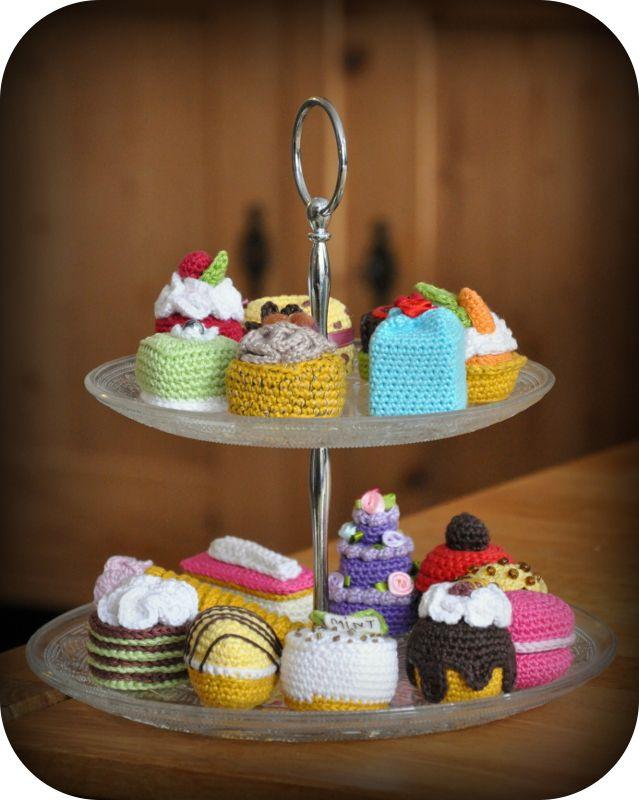 Grietjekarwietje Petits Fours Crochetamigurumi Pinterest