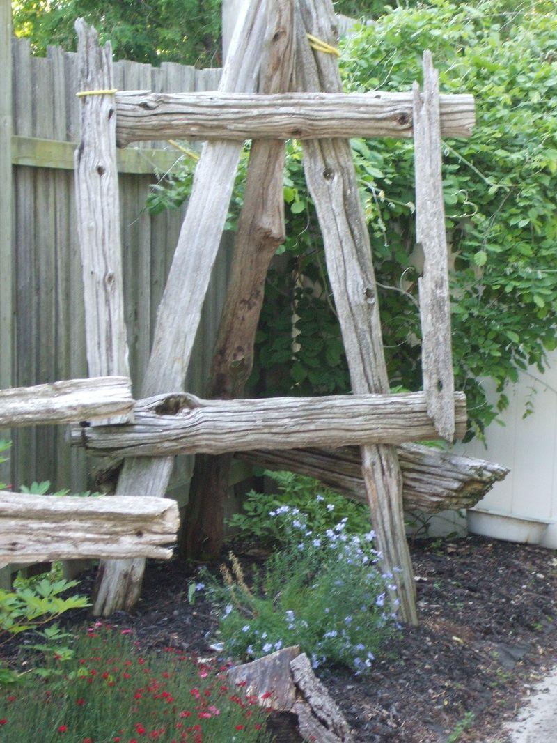 Garden Easel (With images) | Outdoor decor, Garden, Home decor on Easel Decorating Ideas  id=98177