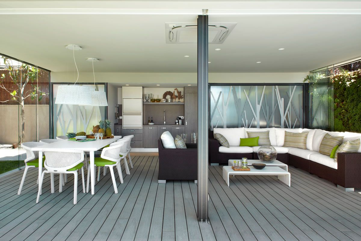 Molins Interiors // exteriores - Jardín - Porche exterior - salón ...