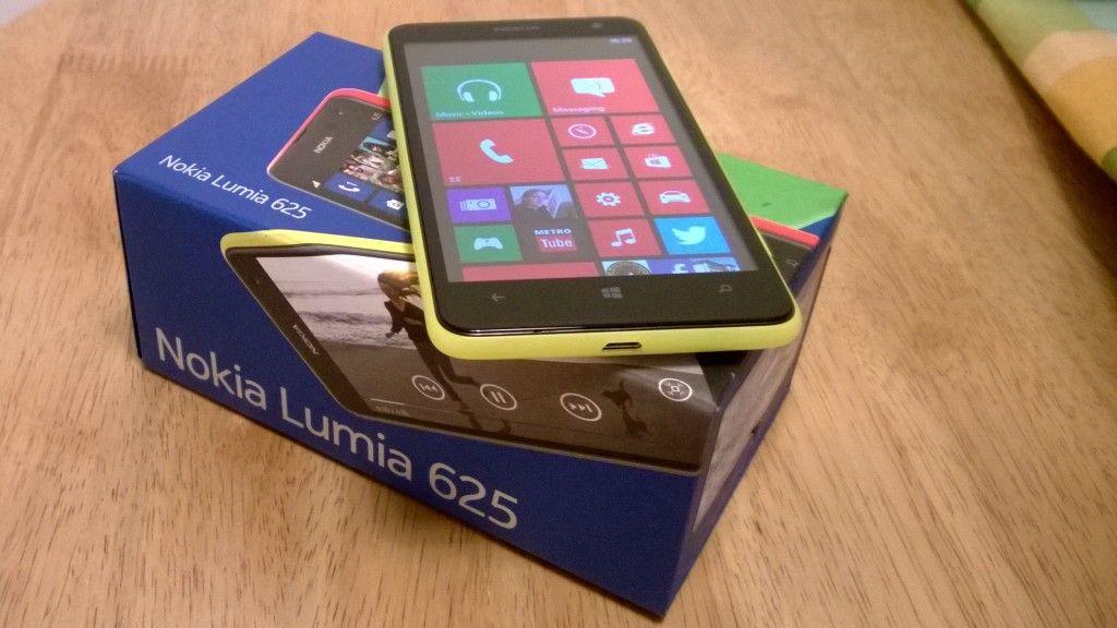 Hands On Video With Nokias Lumia 625 Windows Phones Pinterest