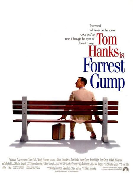 Great Movie Love How Forrest Is Juxtaposed With The Great Events Of The Times And Yet The Movie Is On A Personal Level Filmplakate Filme Coole Filme