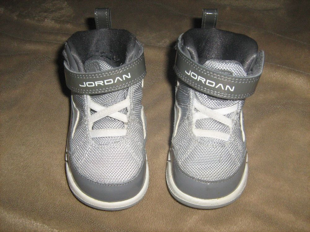 Air Jordan Toddler Boy Athletic High-Top Sneakers Tennis Shoes Grey/White  Size 7