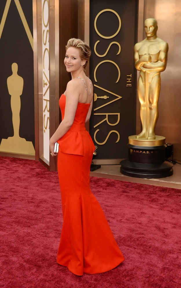 Jennifer Lawrence Fell Down At The Oscars Again | Gorgeous ...