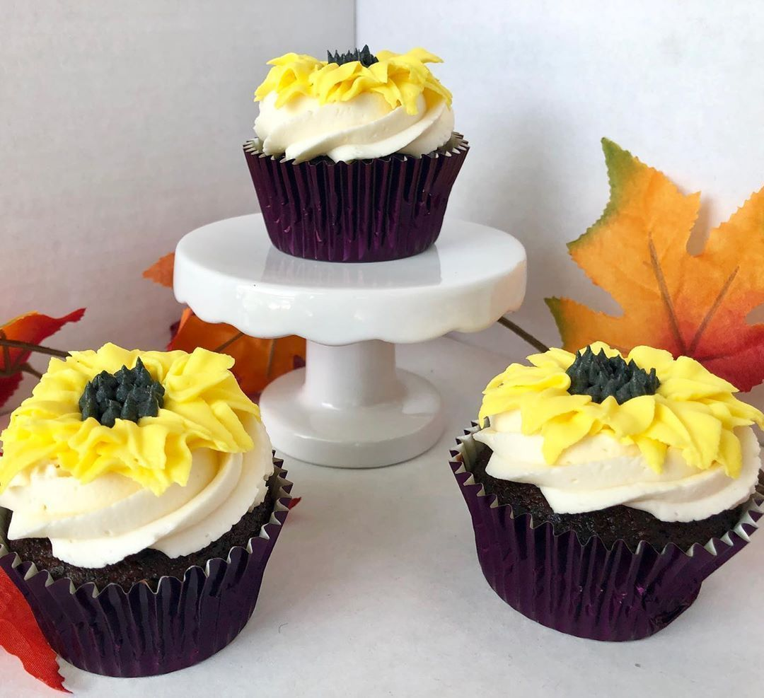 Go watch my new video now at Lovesome Sweets on YouTube  #sunflowers #cupcakes #buttercream #piping #decorating #fall #fallcupcakes #flowers #flowercupcakes #delicious #sunflowercupcakes Go watch my new video now at Lovesome Sweets on YouTube  #sunflowers #cupcakes #buttercream #piping #decorating #fall #fallcupcakes #flowers #flowercupcakes #delicious #sunflowercupcakes Go watch my new video now at Lovesome Sweets on YouTube  #sunflowers #cupcakes #buttercream #piping #decorating #fall #fallcup #sunflowercupcakes