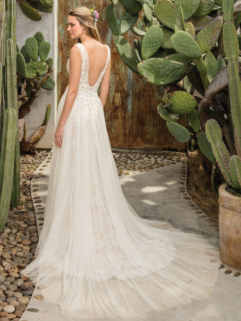 Style 2301, Sierra, shows off a stunning textural
