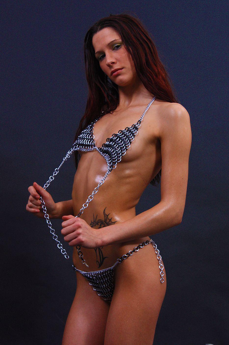 strip-sexy-girls-wifeys-world-with-curlers-porn