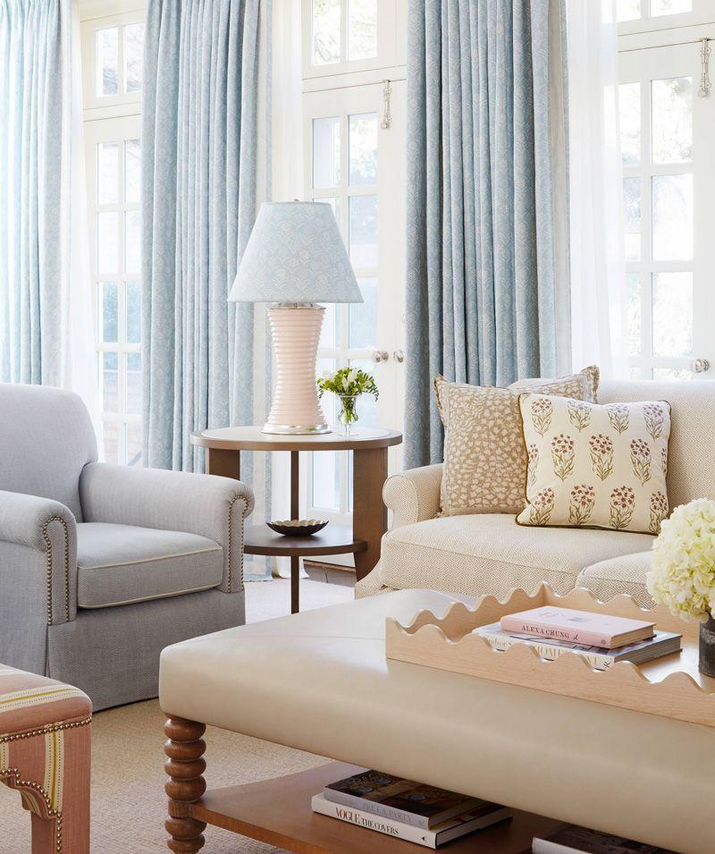 beautiful living room by Caitlin Moran Interiors #Beachhousedecor