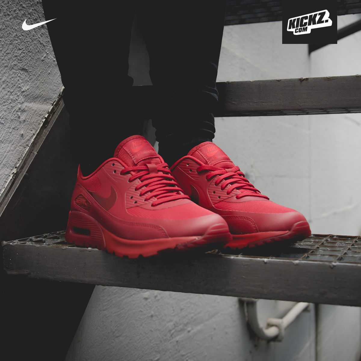 Ladies, are you ready for the triple red power? Nike Air