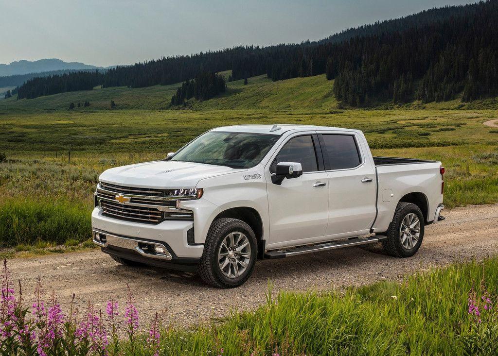Las Nuevas Chevrolet Cheyenne Y Silverado Vienen En Camino Llegarán A México En 2019 Automoviles Chevrolet Cheyenne Fotos De Camionetas Vehículos Todoterreno