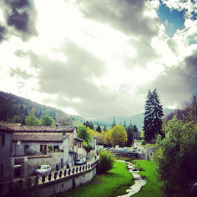 #Tredozio, bellissimo comune del forlivese incastonato nella valle del #Tramazzo, al confine tra la #Romagna e la #Toscana - Instagram di @weekendagogo