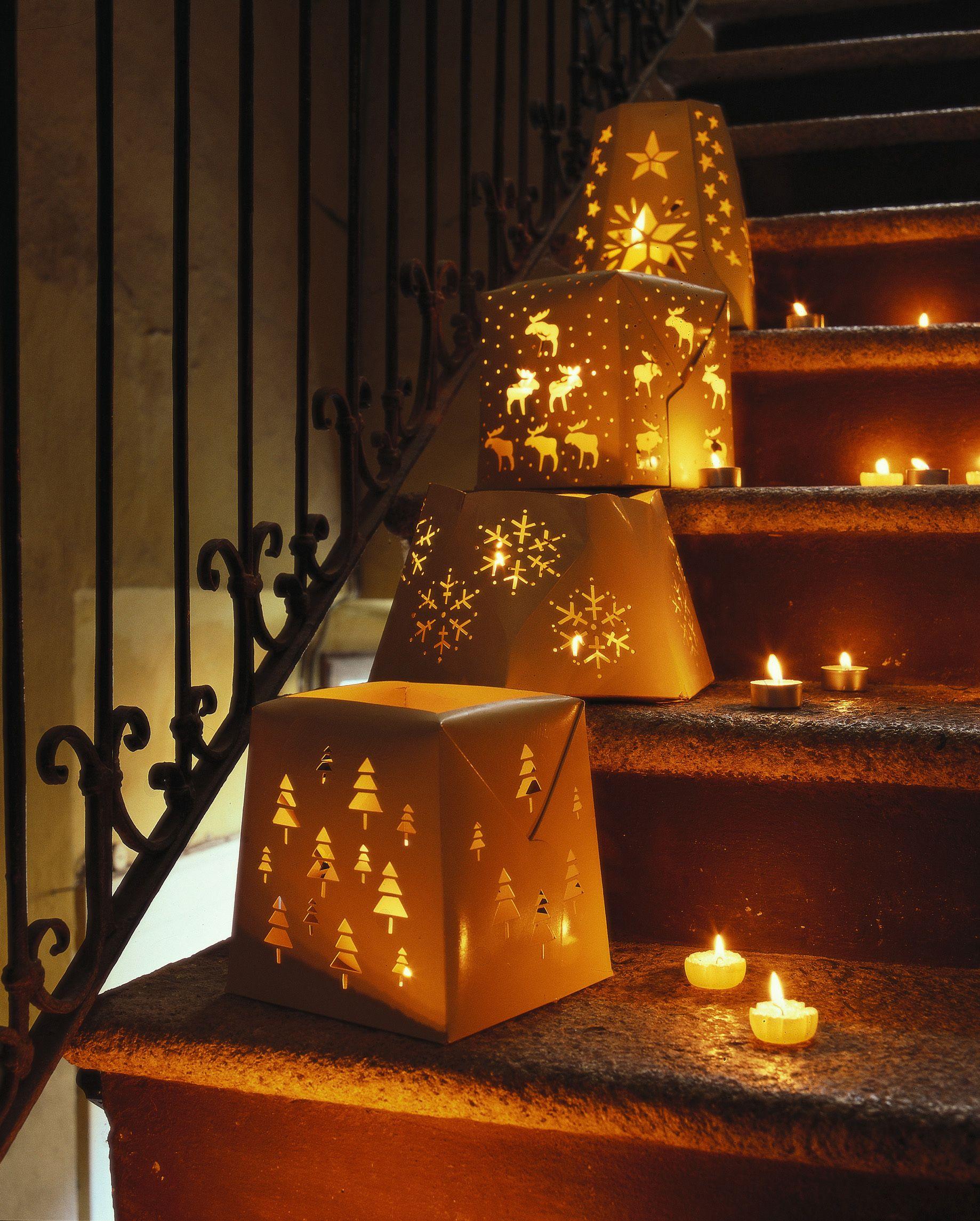 Come fare le lanterne riciclando vasetti e barattoli fai - Addobbi di natale per esterno ...