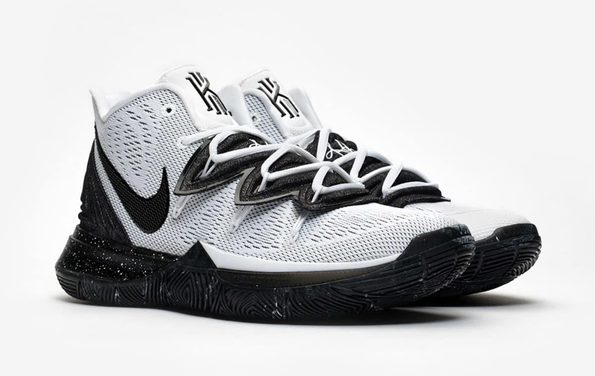 Nike kyrie, Nike, Girls basketball shoes