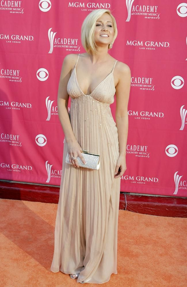 Kellie Pickler in a BCBG MaxAzria gown at the 2007 ACM awards   fav ...
