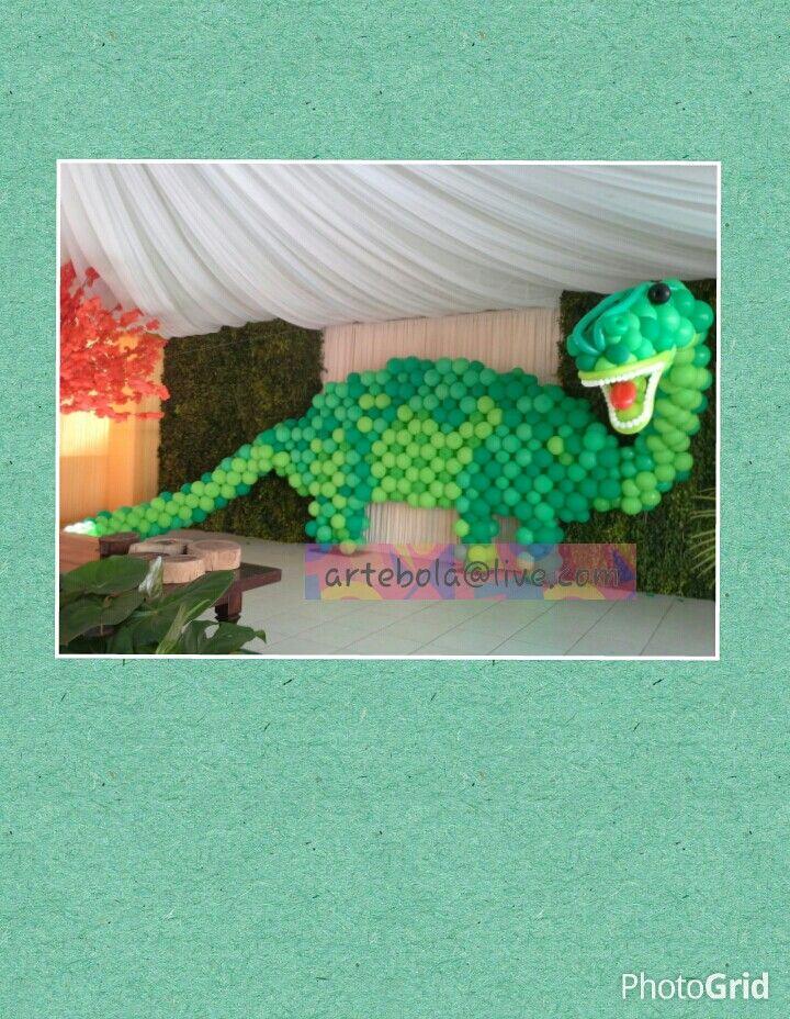 Painel fundo de mesa dinossauro
