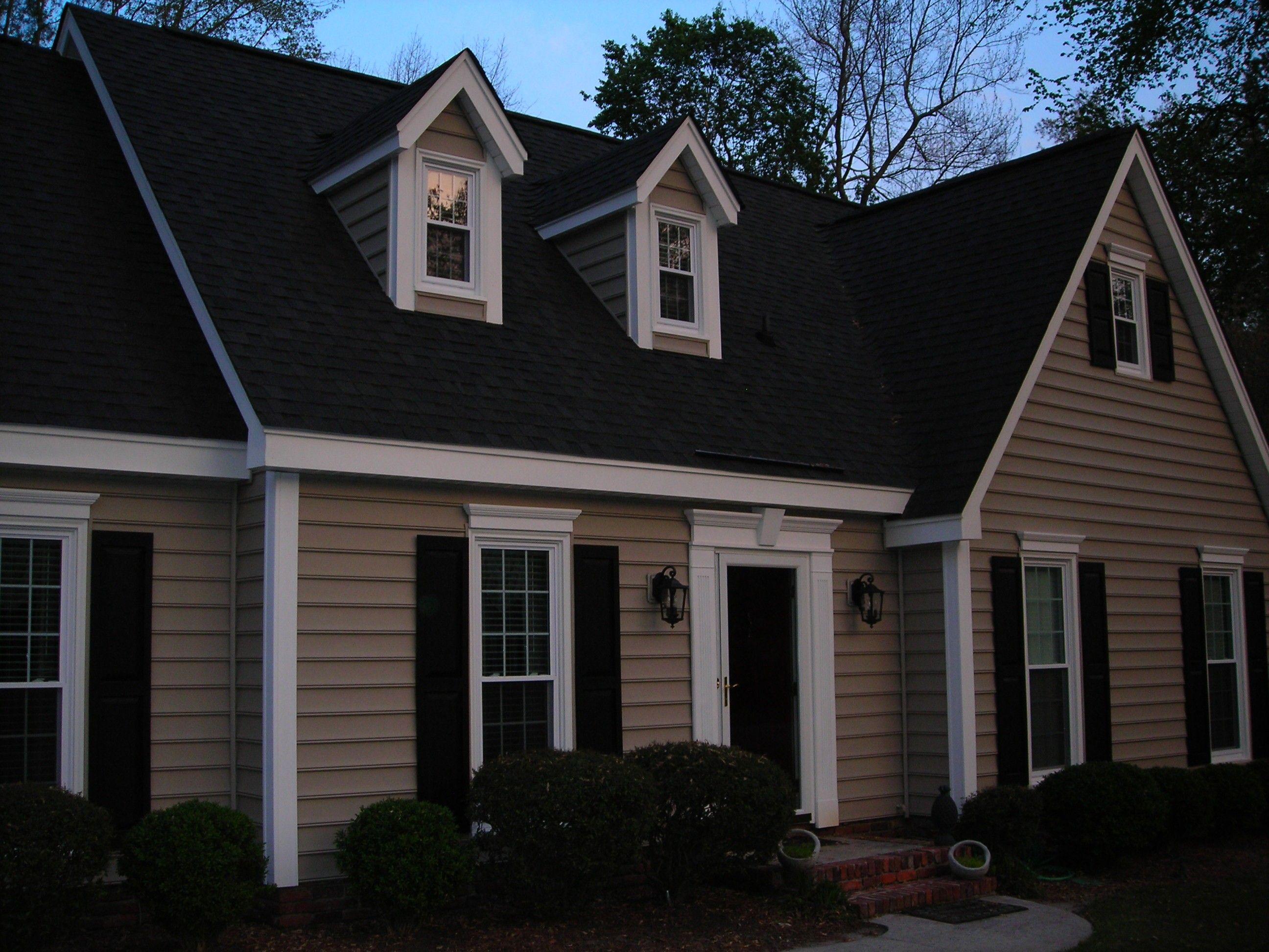 Black Roof Home Pinterest