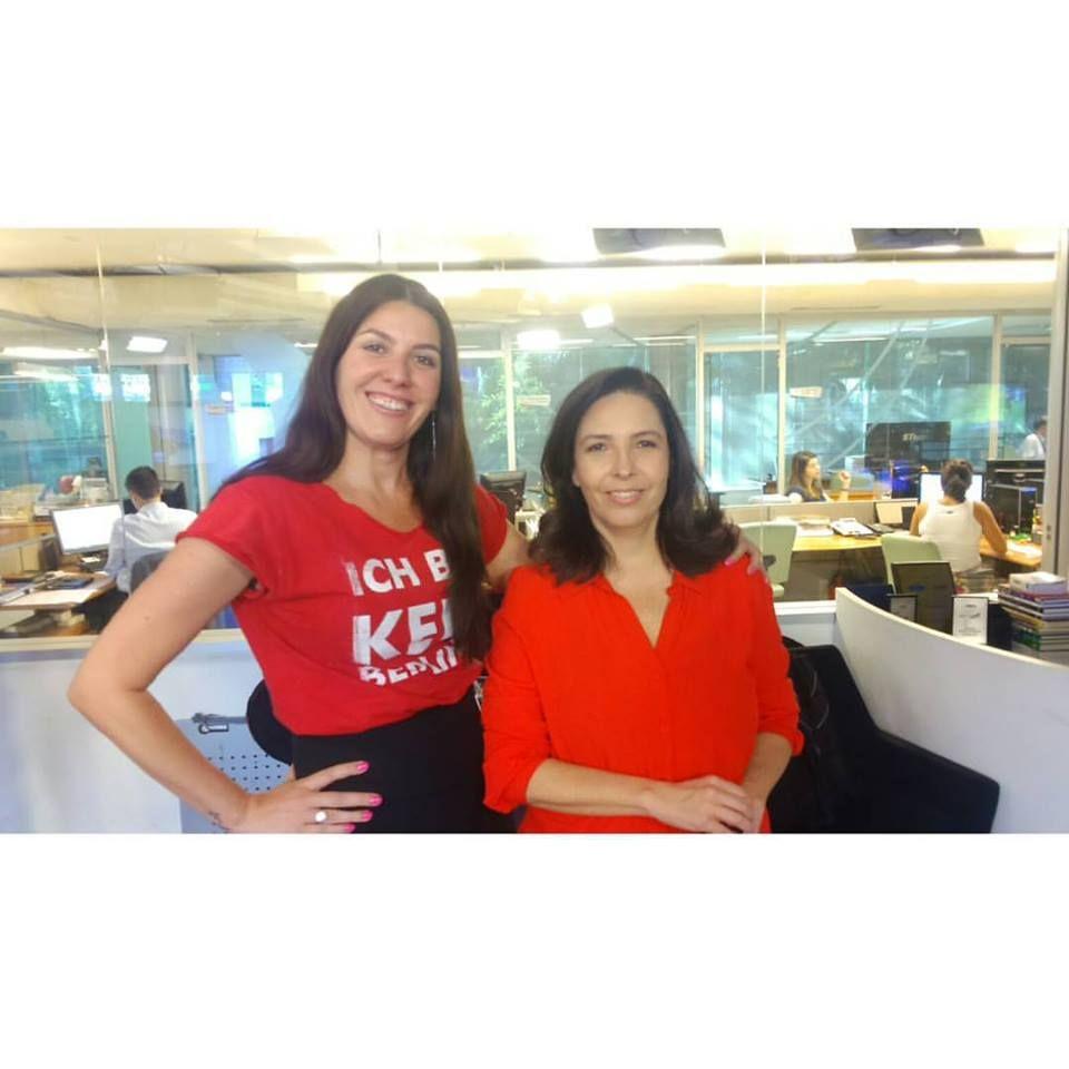 Malu Abib e a jornalista Mônica Bergamo, na redação da Bandnews TV, programa Ponto a Ponto. Com cliente #integrareeditora