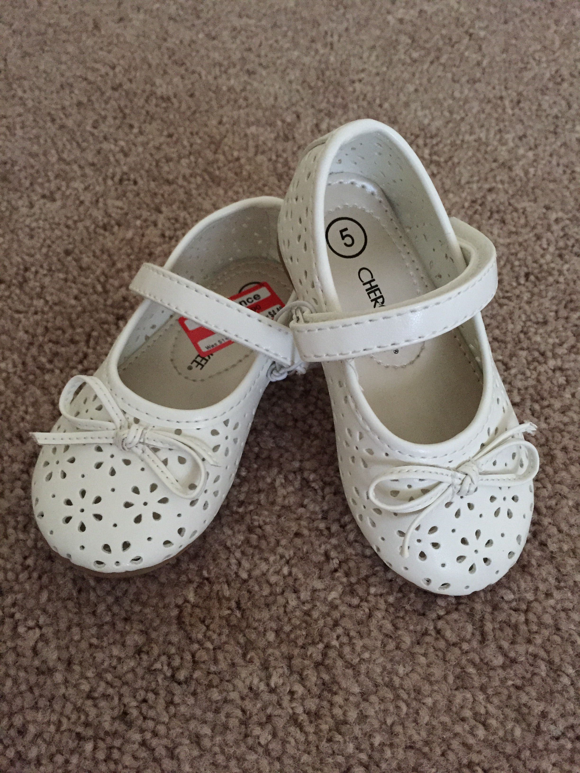 Cherokee Target Clearance White Flower Cut Out Ballet Shoe Baby