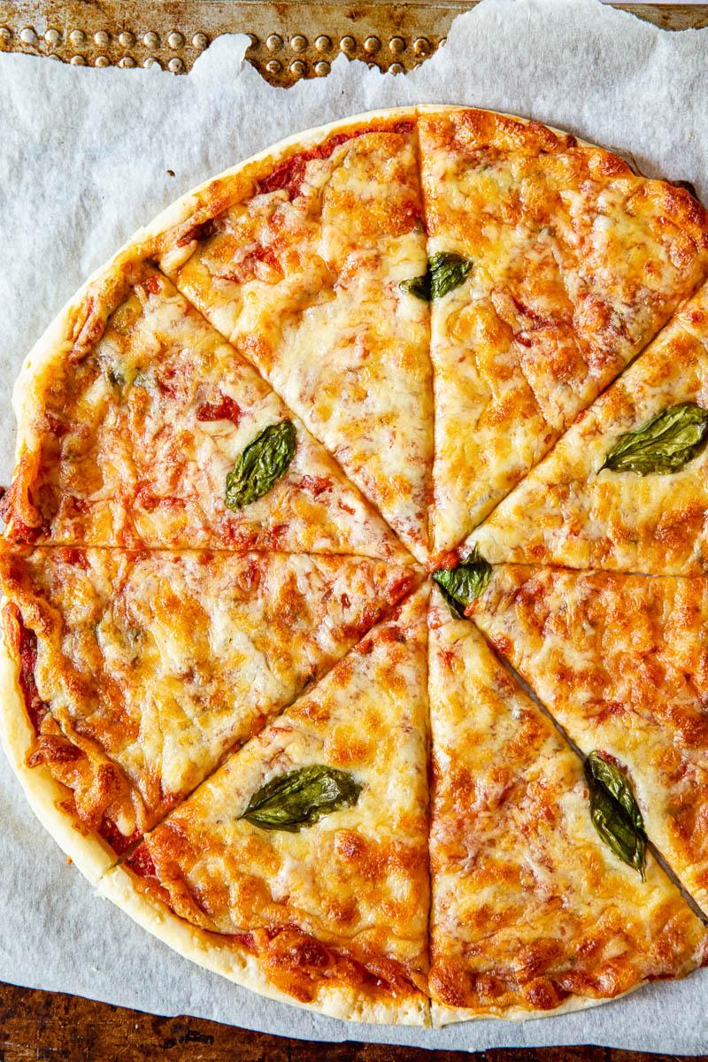 Puff Pastry Pizza Margherita Blatterteig Pizza Pizza Rezept Margherita Rezept