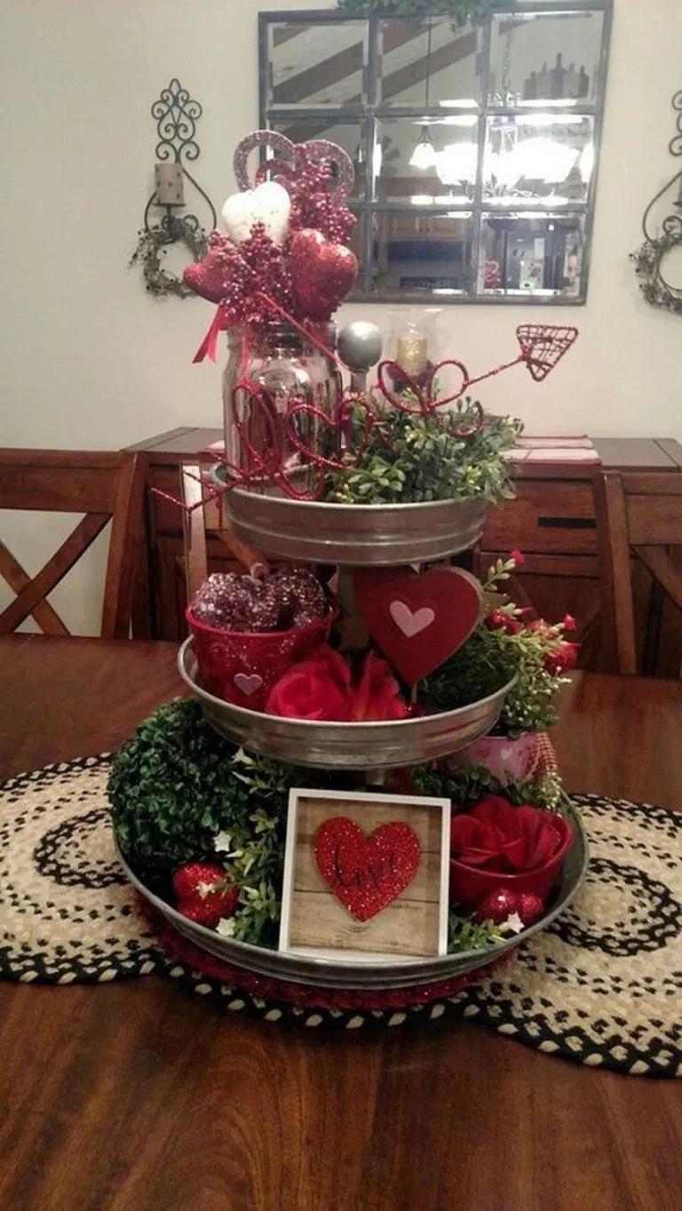 28 Easy DIY Ways To Decorate Your Home For Christmas 24 #Ästeweihnachtlichdekorieren