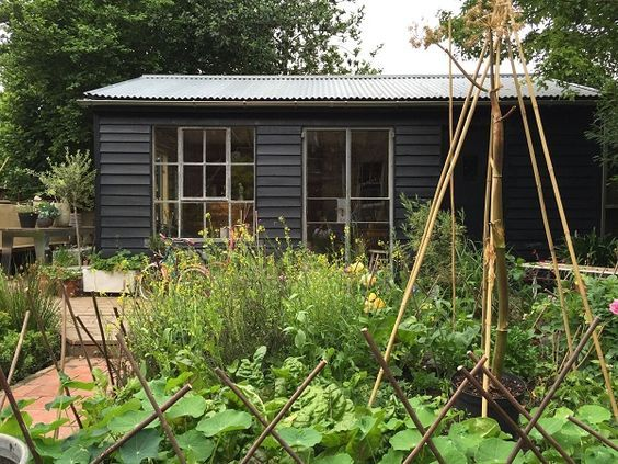 hand made garden shed with reclaimed pallets ebay crittal windows and corrogated roof