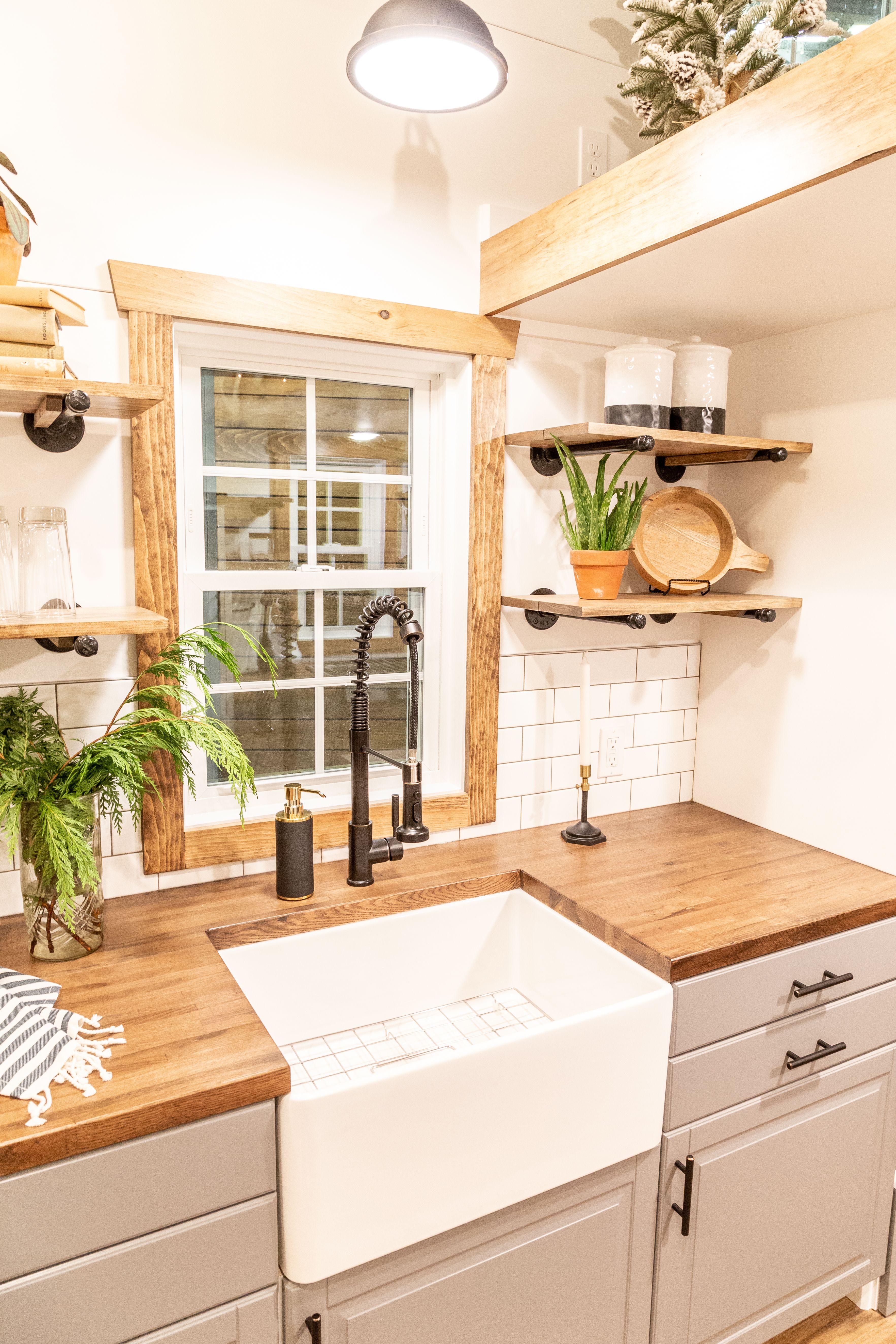 Kitchen Sink The Farmhouse Home Tiny House Tiny House Kitchen