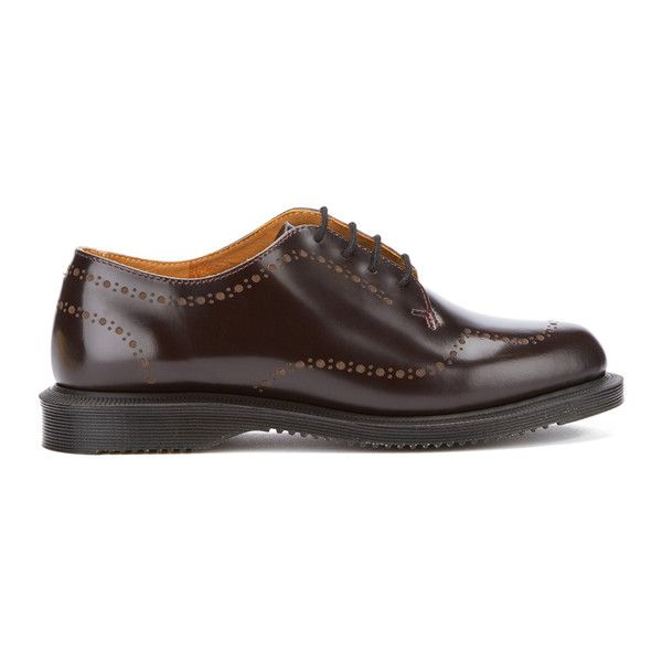 Dr. Martens Women's Charlotte Arcadia Etched Brogues (485 ILS) ❤ liked on Polyvore featuring shoes, oxfords, burgundy, burgundy flat shoes, leather flats, leather brogues, flat pumps and burgundy oxfords