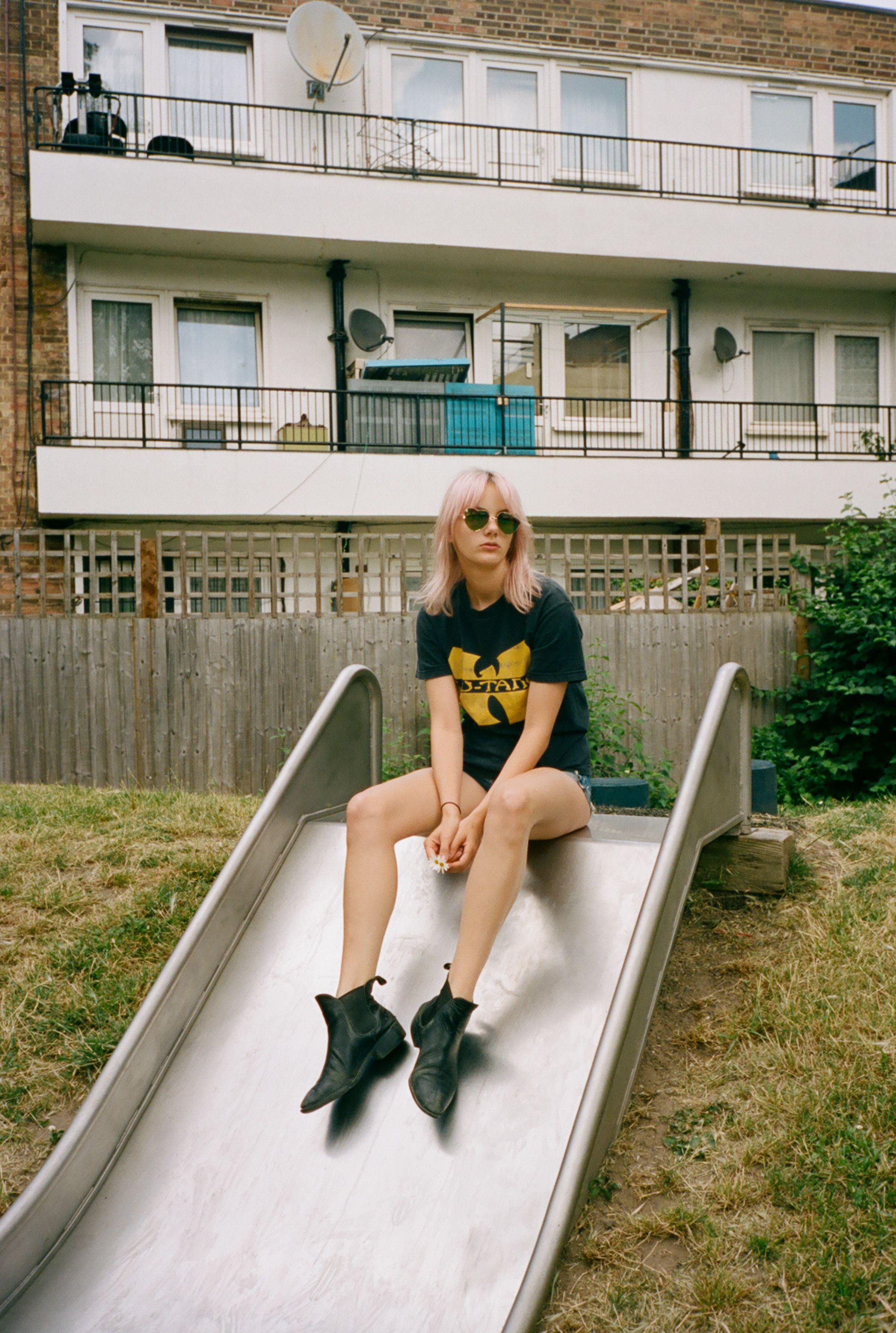 Walnut Wax shoots model Jess in London on 35mm for Fashion Grunge  http://fashiongrunge.com/2016/08/14/jess-by-walnutwax/
