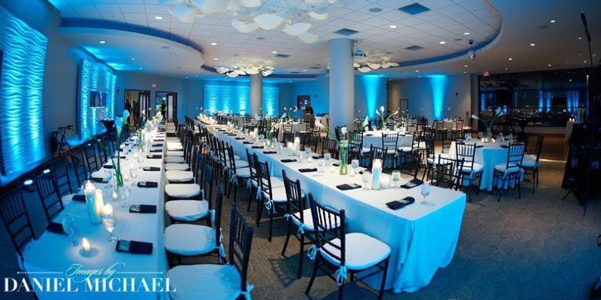 Newport Aquarium Weddings Get Prices For Wedding Venues In Ky